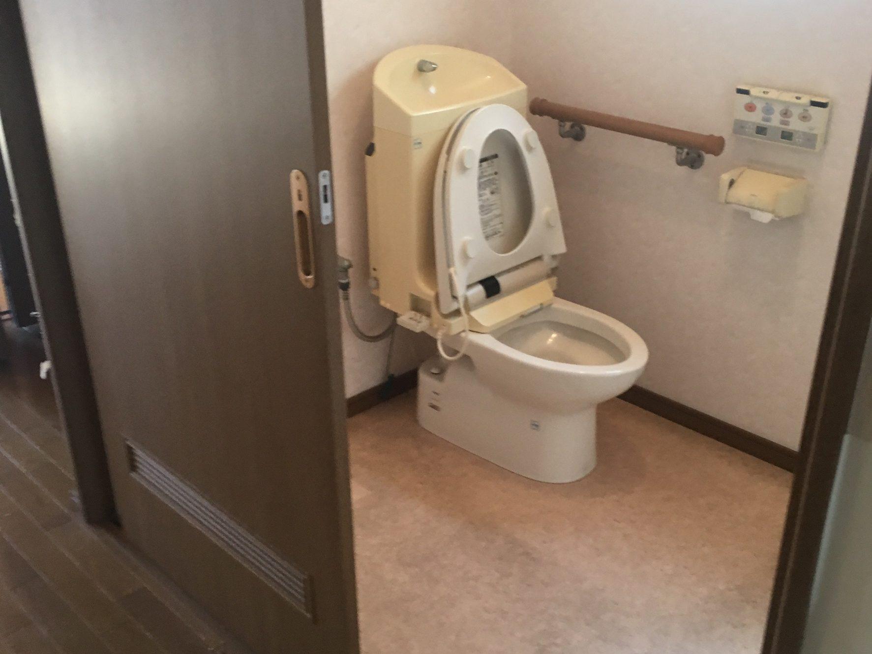 東住吉区鷹合リフォーム前トイレ